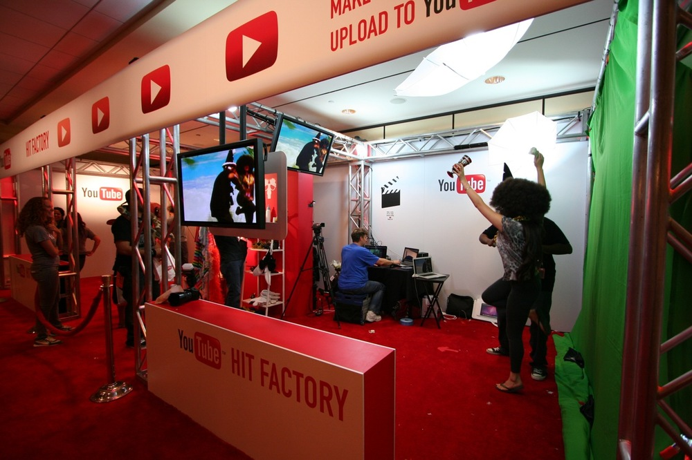 YouTube_VidCon'11_PLAY Room - 119.jpg