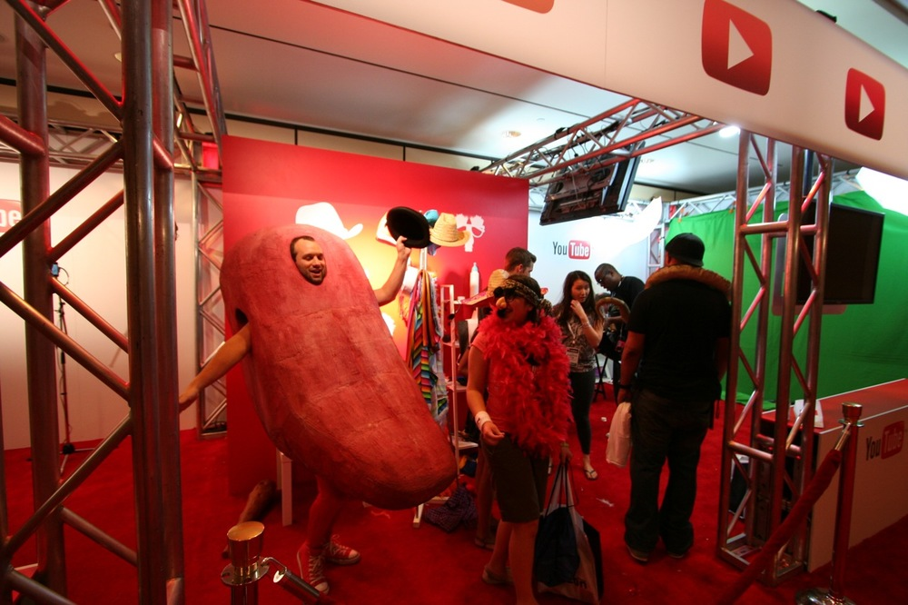 YouTube_VidCon'11_PLAY Room - 123.jpg
