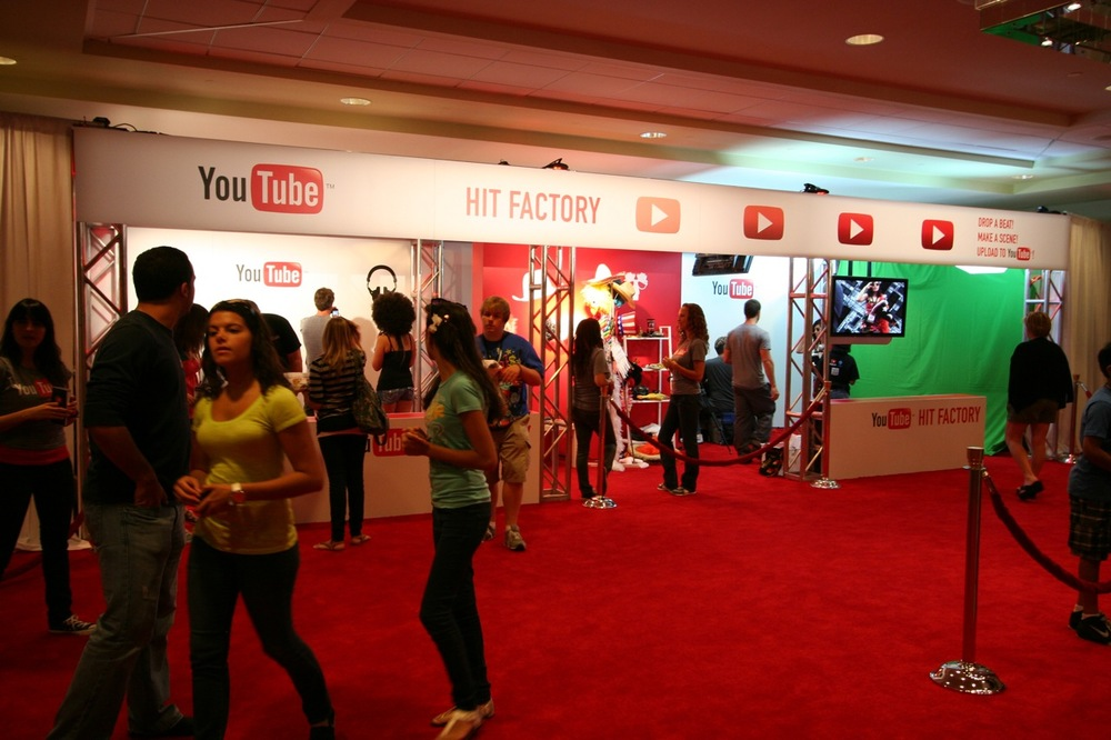 YouTube_VidCon'11_PLAY Room - 129.jpg