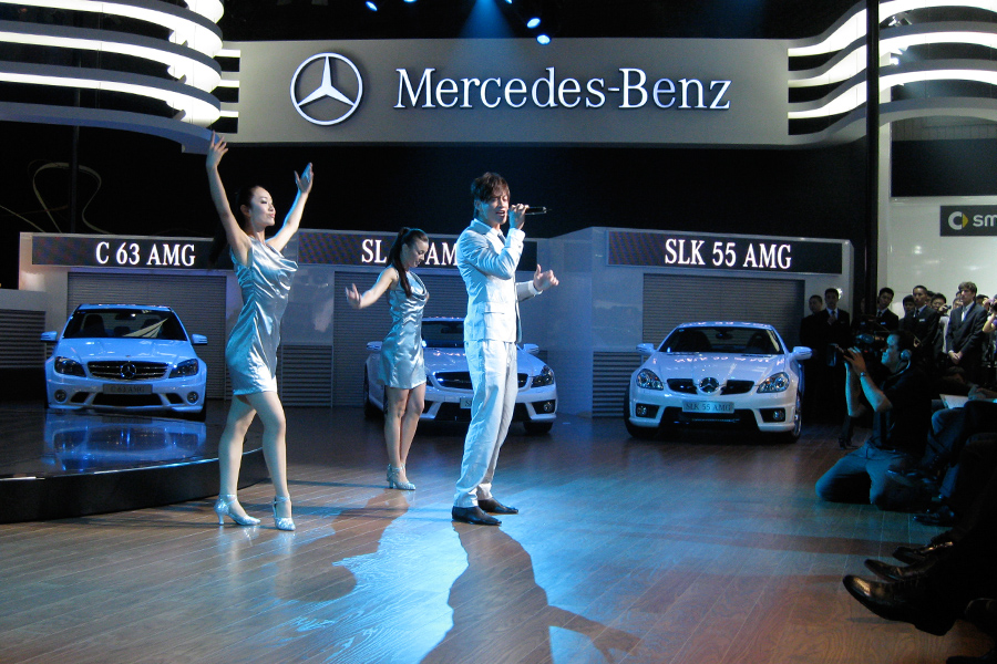 SEPTEMBER 2009 | Chengdu, China. Mercedes Benz Internatio  nal Auto Show, featuring Peter He. Stage Management & Show Direction by Good Sense.
