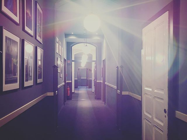 haunted corners. • #doyoubelieveinghosts #nightynight #25hourshotel #instagood #diewocheaufinstagram #instapic #picoftheday