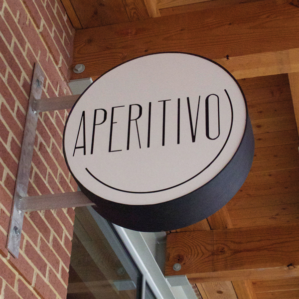 aperativo_sign.jpg