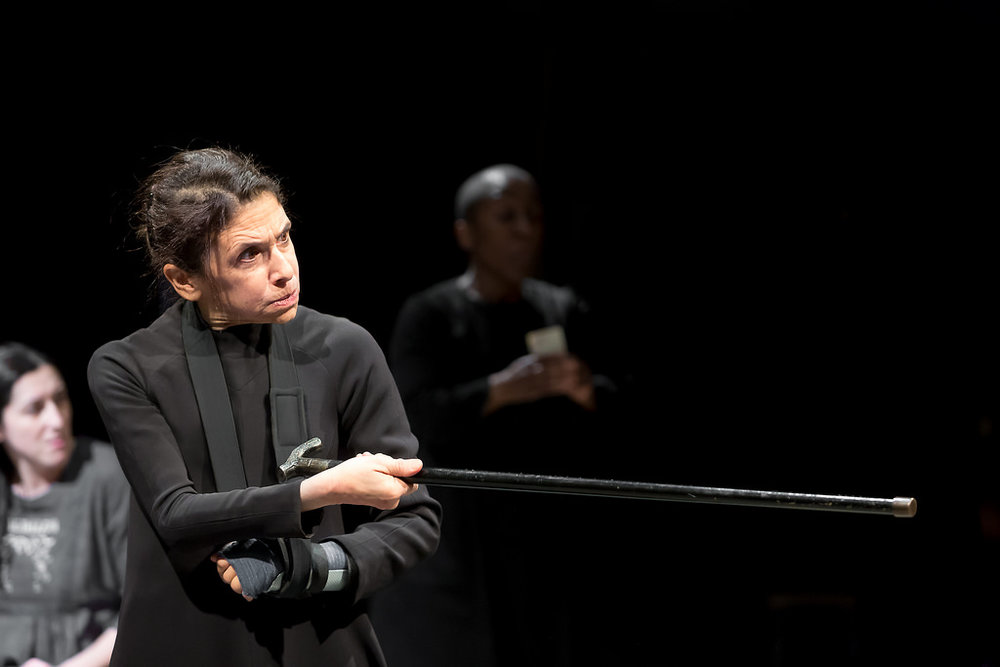 Cross me if you dare - Kathryn Hunter as Bernarda Alba - photo by Jonathan Keenan