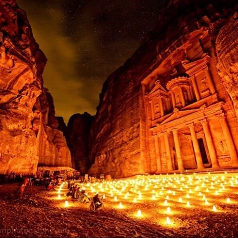 Hello secret world! #jordan #ctgroups #petra #candlelight #candles #wow #christiantravelgroups #instagram #photoftheday #ctg #onlyinjordan #mustgonow #tour #cultruralsights #secretworld