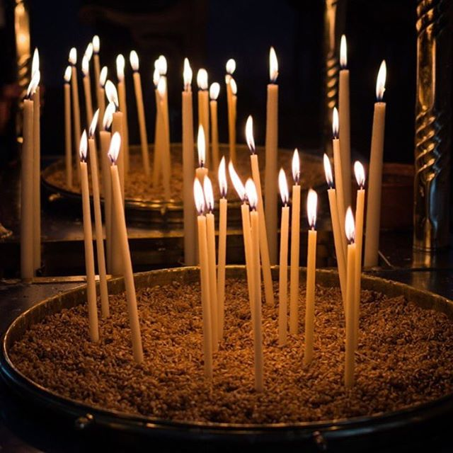 There is just something about the peacefulness that comes with lighting a candle. #faith #candles #pray #bethankful #ctg #lightacandle #church #christiantravelgroups #bringsomeone #ctgroups #peacefulness #candlelight
