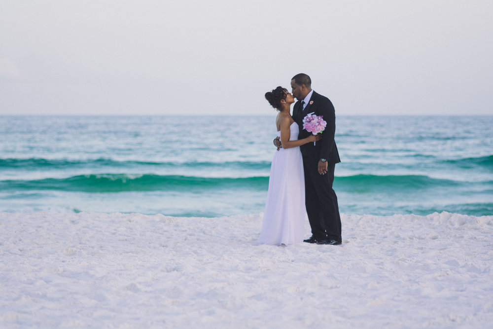Dylan-Carney-Photography-Wedding-Destin-Beach-Florida-52.jpg