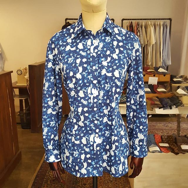"""The fabric for this shirt is made by @libertylondon. The client's daughter brought it back for her as a present after a trip to the UK.  We would normally use such a bold print for a short sleeve shirt, or perhaps a dress, but the client decided on a more fitted """"formal"""" long sleeve shirt and we think the combination of the print with this cut works wonderfully."""