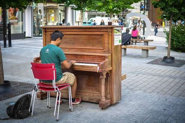 Piano on the street.jpg