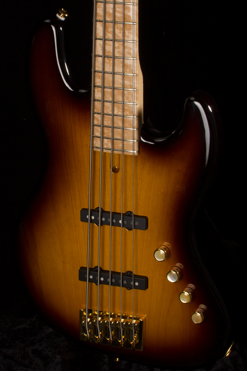 Two-Tone Sunburst 0645