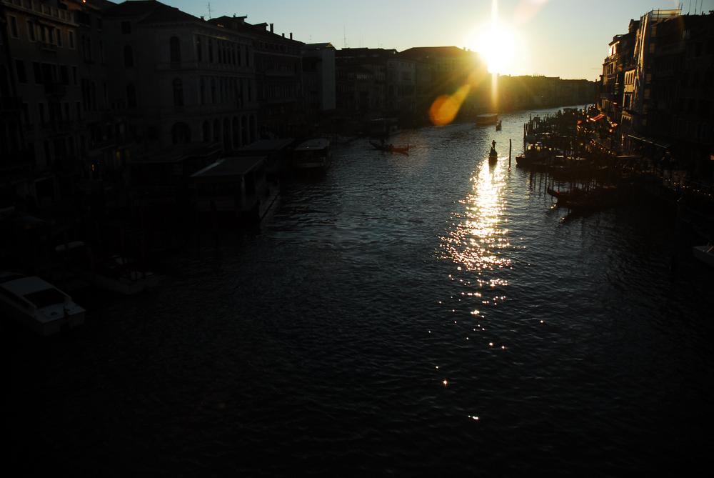 Travel-Italy.jpg