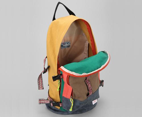 rucksack-reisetasche-atelierkartal-schneiderei-reissverschluss-reparieren-flicken-verschluss-textil-leder-schweiz-aenderungsatelier