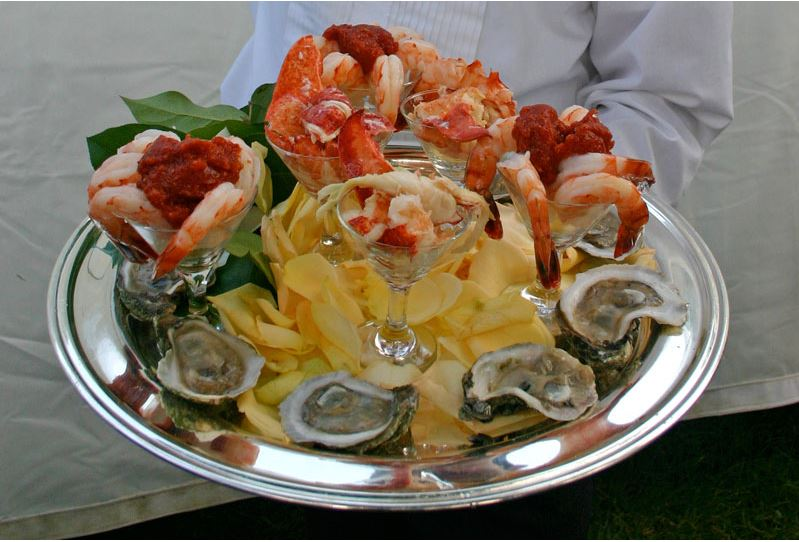 Oysters & Shrimp Cocktail