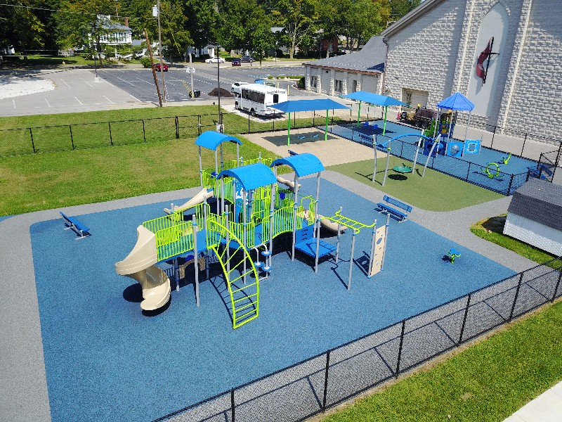 Outdoor playground equimpent