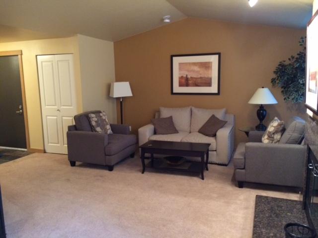 k302 living room OV.JPG