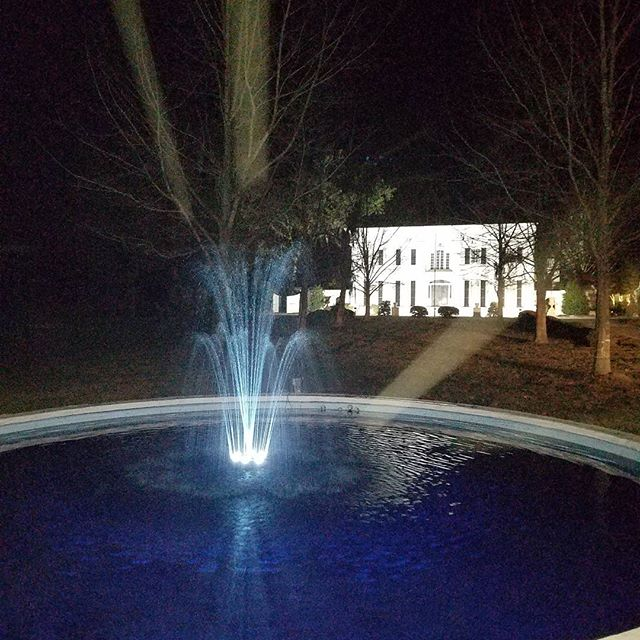 And the fountain is working!!! #hameshall #shuglife #shugthepaintedchef #plantationwedding #weddingvenue #claxton #savannahwedding #savannah #foodie #alowcountrywedding