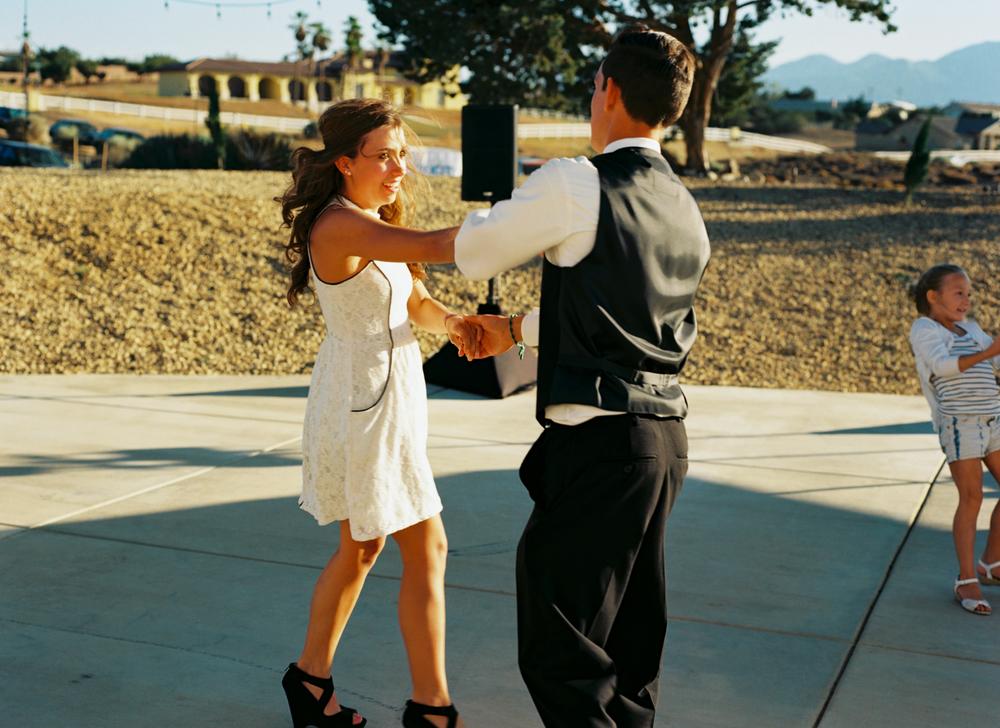 150711_1062_SOL_WED_E012_dancers.jpg