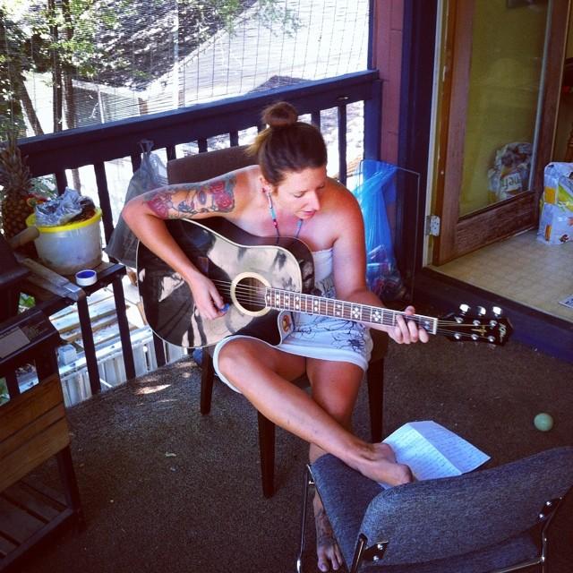 Writing, learning, writing, learning… #welovemusic #tigermoonisFinback