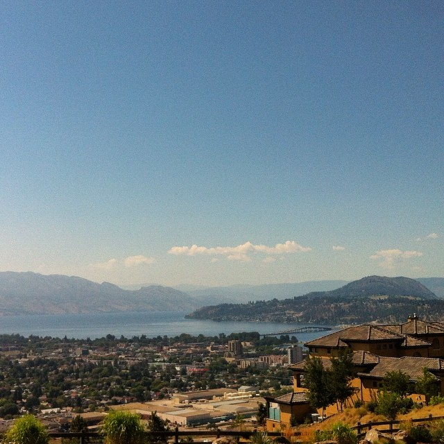 Holy fack #Kelowna! Yer perdy… Especially from up here on my ladder! #bc #canada
