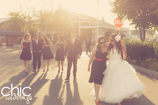 CHIC-WEDDING-BRIDE-GROOM-PARTY-SUNSET.jpg