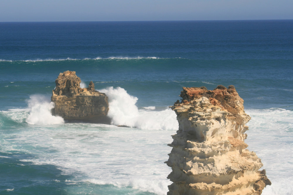 great ocean road rock formations