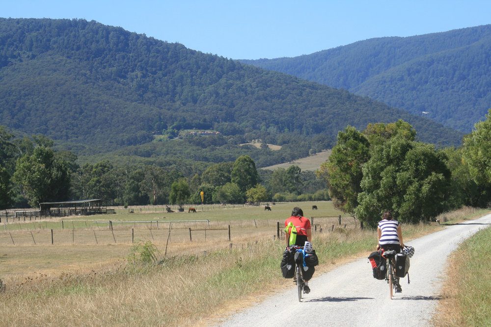 Lilydale warburton rail trail yarra valley bike touring