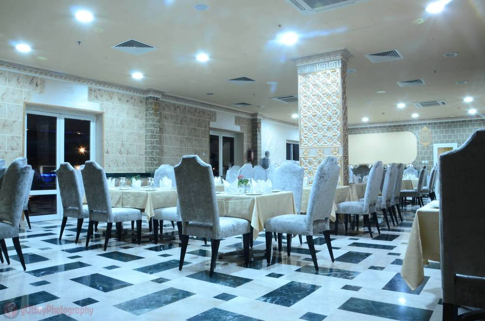 sh_restaurant-720x494