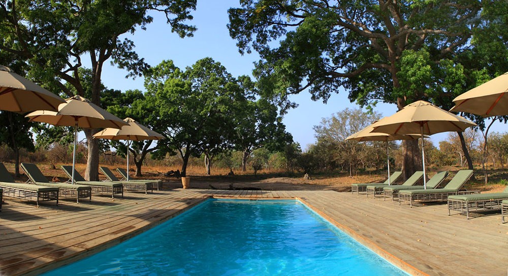 fathala-swimming-pool-with-view-720x494