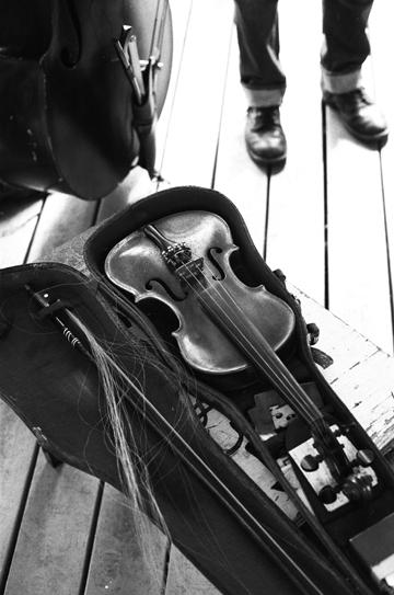 Zac's Grandfather's Fiddle,Hermando, Mississippi.