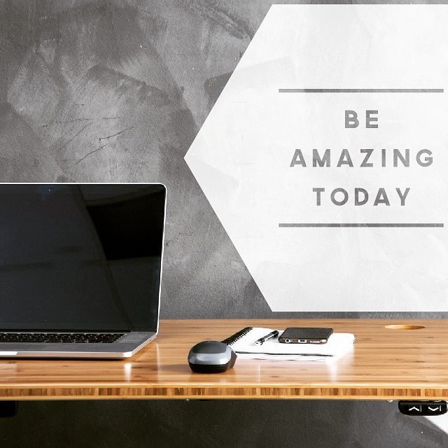 Make today amazing! #readysetstand #desklove #standingdesk #sitless #standupaustralia #startupsydney #girlbossesau