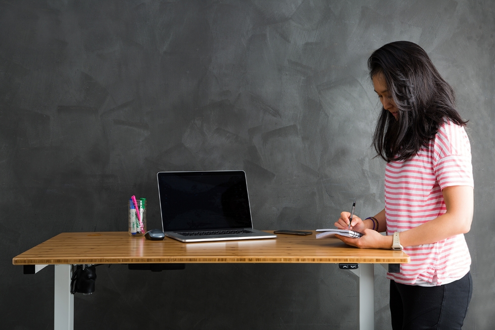 Standing Desks For Better Health, Comfort & Productivity