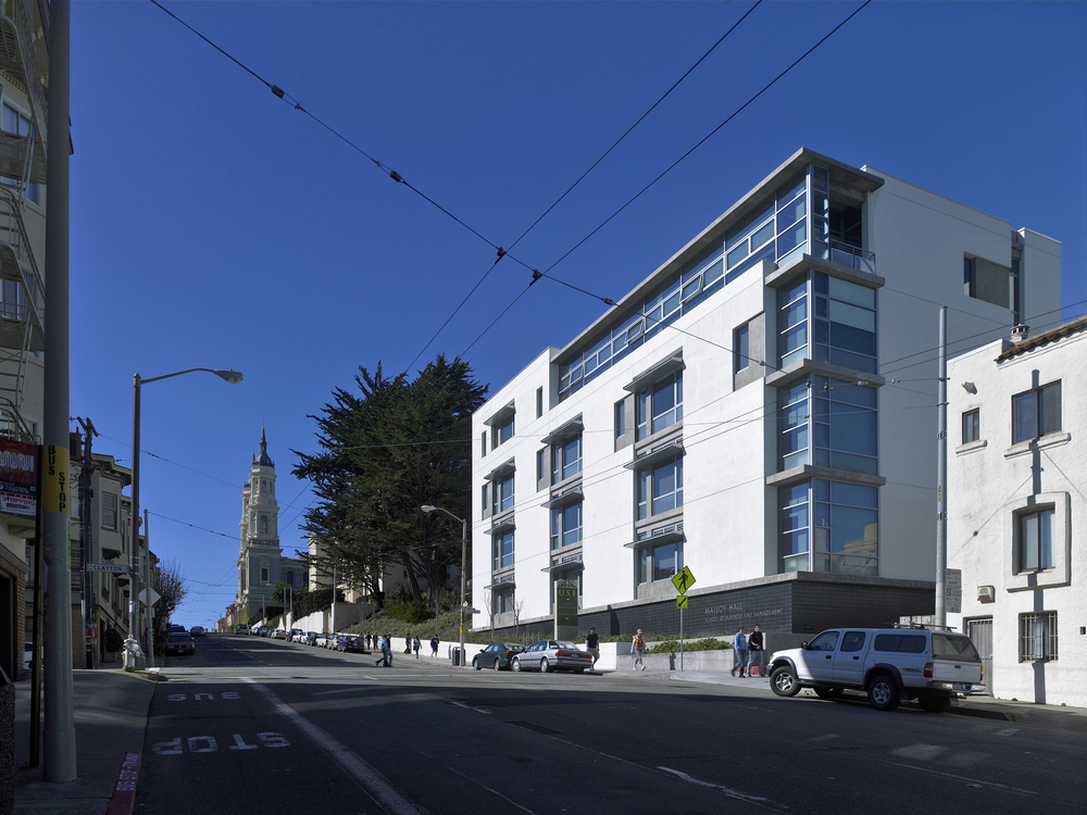 USF_Bschool_Exterior_Corner.jpg