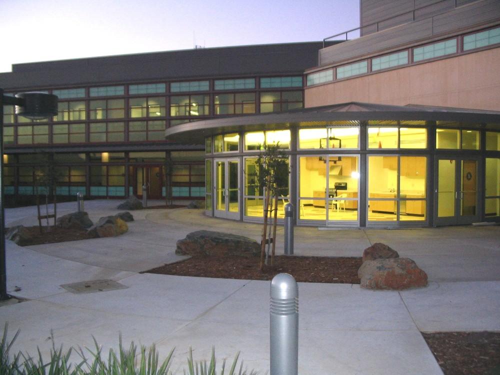 AJC Cafeteria Courtyard.JPG