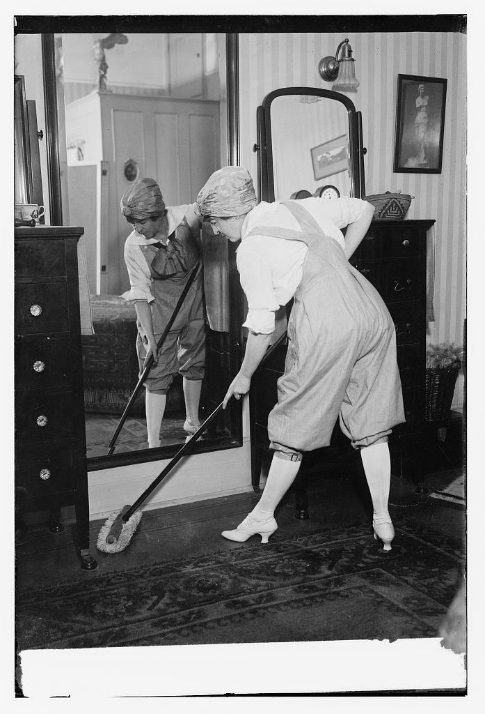 Household chores circa 1915-1920 via the Library of Congress