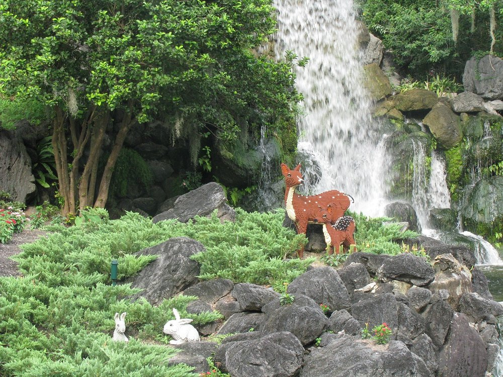 Lego deer and rabbits at Legoland Florida. Image via Maxpixel.