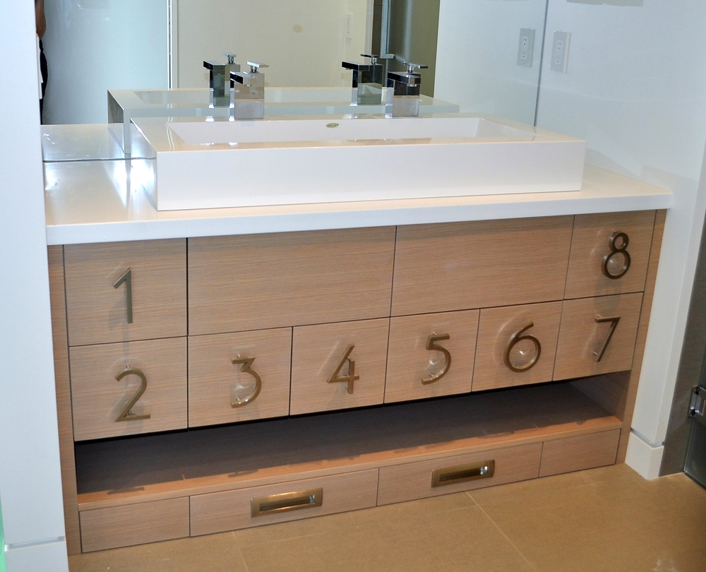 white-oak-wood-custom-kids-bath-vanity-millwork.jpg.JPG