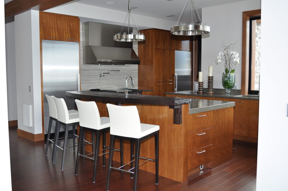 modern-mahogany-kitchen-cabinetry.JPG