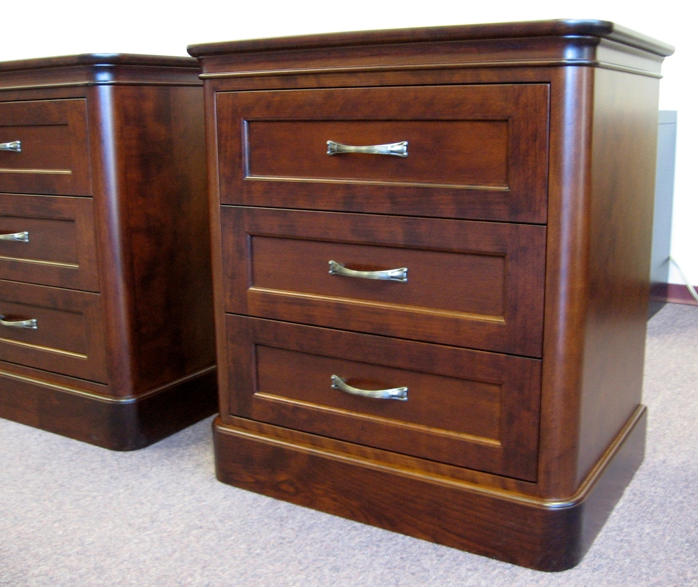 cherry-wood-bedroom-furniture-nightstands.jpg