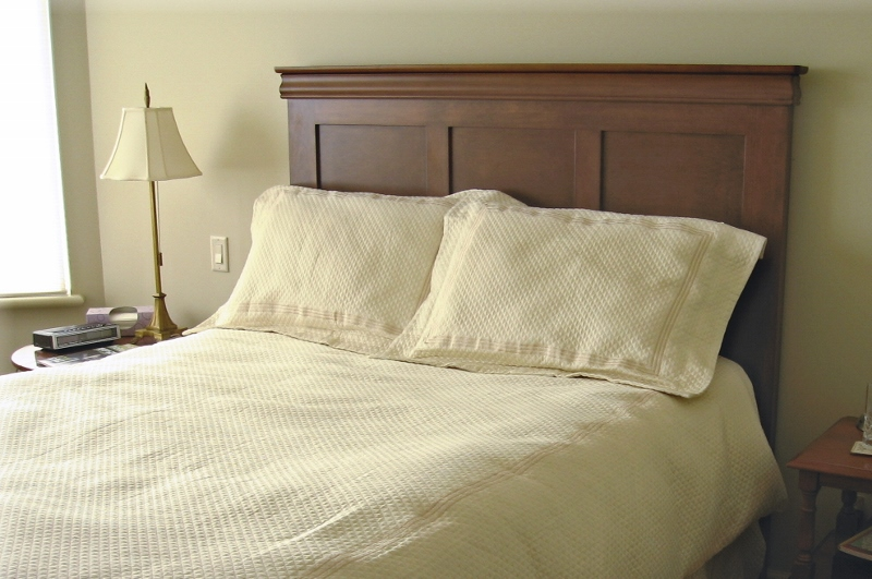 traditional-style-paneled-queen-headboard.jpg
