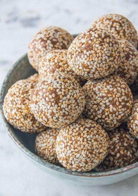 Sesame and Vanilla Energy Balls