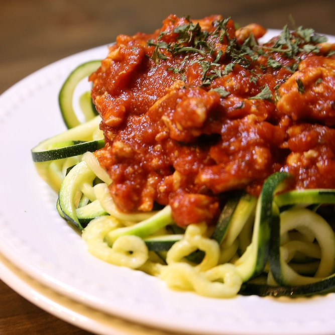 Zoodles with  Turkey Meat Sauce