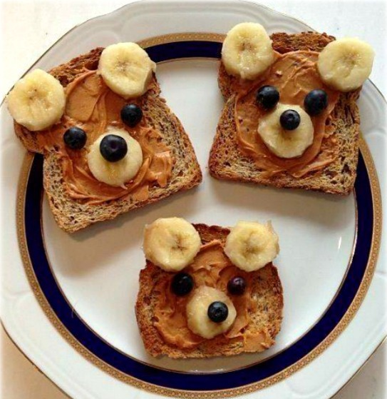 Super Fun Healthy Teddy Bear Toasts
