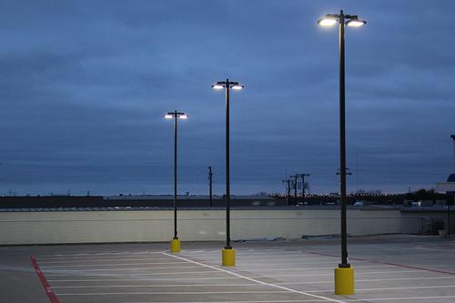 Luminaria para autopistas, luminaria para estacionamientos particulares, luminaria para espacios públicos