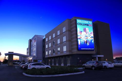 Fairfield Inn & Suites by Marriot