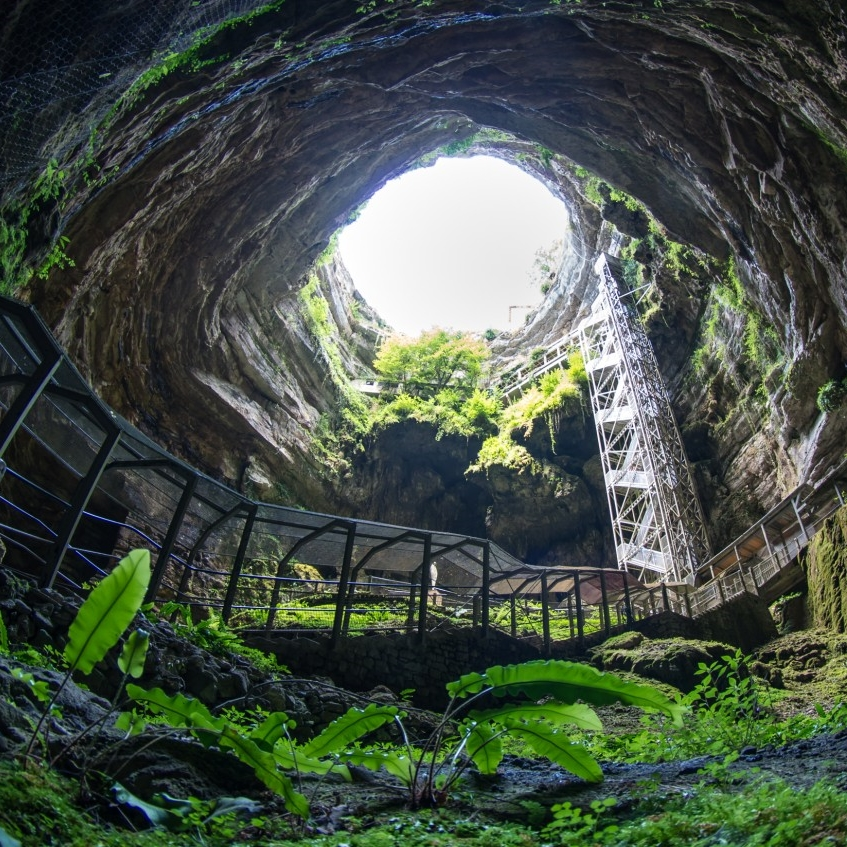 Dordogne - Padirac-Cave-Gouffre-de-Padirac-Lot.jpg