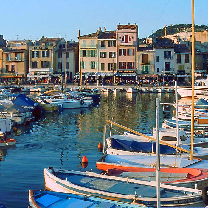 Provence RIviera - Cassis-sur-Mer-square.jpg