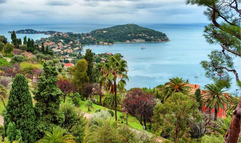 Riviera - France-Cote-De-Azur-Universal.jpg
