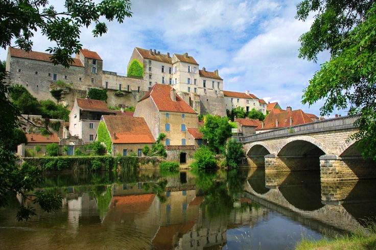 Burgundy - Pesme.jpg