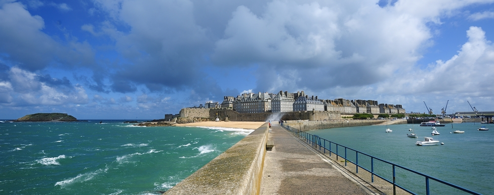 Brittany - Saint-Malo_Le_Mole_yannick-le-gal.jpg