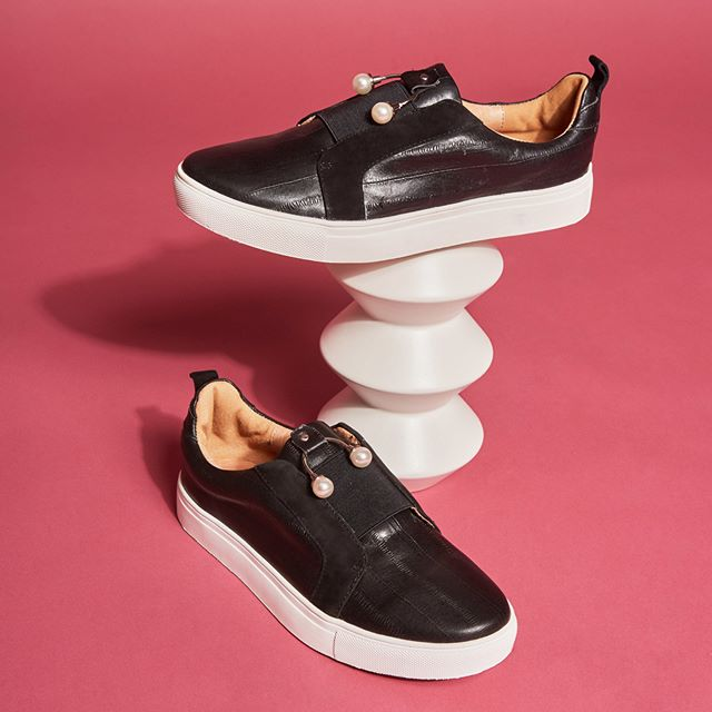 Like your usual sneaker, but jazzier • shop the 'Jazz Sneaker' in black now #jaggarfootwear #jaggarswagger