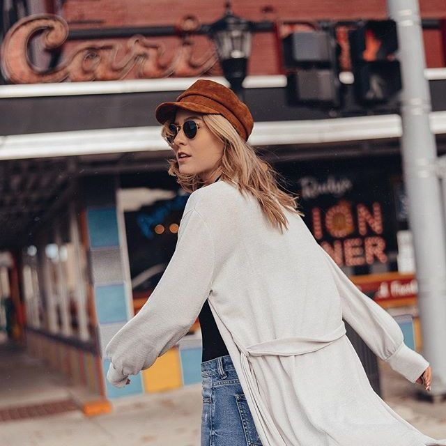 ***moving right along - @lisamarieprang wears the Octave Cardigan - #TheFifthLabel #offduty